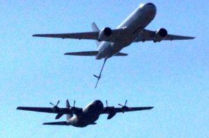 空中給油模擬訓練の様子
